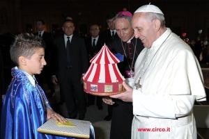 papa-francesco-circo