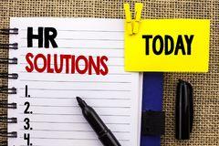soluzioni-di-ora-del-testo-scrittura-parola-concetto-affari-per-la-gestione-consultantesi-della-soluzione-assunzione-che-risolve-114300766.jpg