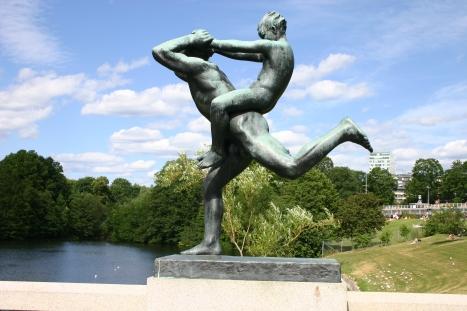 Statue_by_Gustav_Vigeland