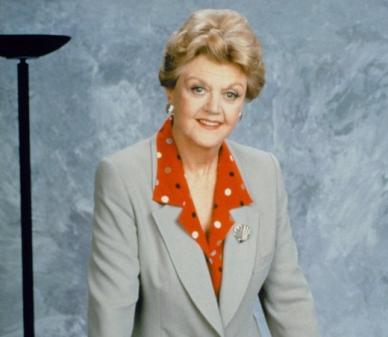 angela-lansbury-in-un-immagine-promozionale-del-serial-la-signora-in-giallo-80321