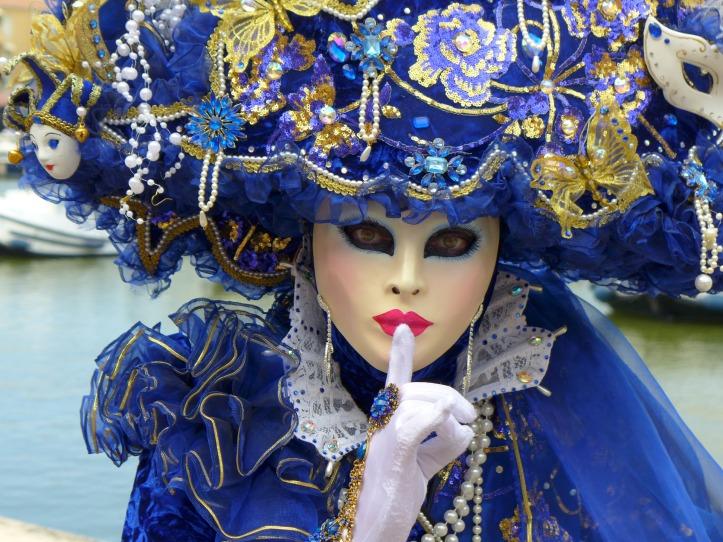 carnival-venice-1803622_1920.jpg