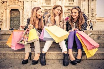 depositphotos_62732281-stock-photo-women-and-shopping