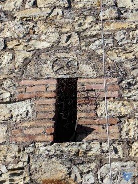 Chiesa-Mariano-Particolare-su-finestra
