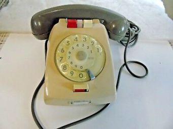 Telefono-Intercomunicante-1-1-Della-Ditta-Fatme-Di-Roma