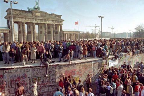 Caduta-Muro-Berlino-e1541758247241
